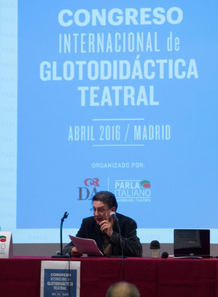 Profesor Luis Araújo II Congreso Internacional de Glotodidáctica Teatral de España