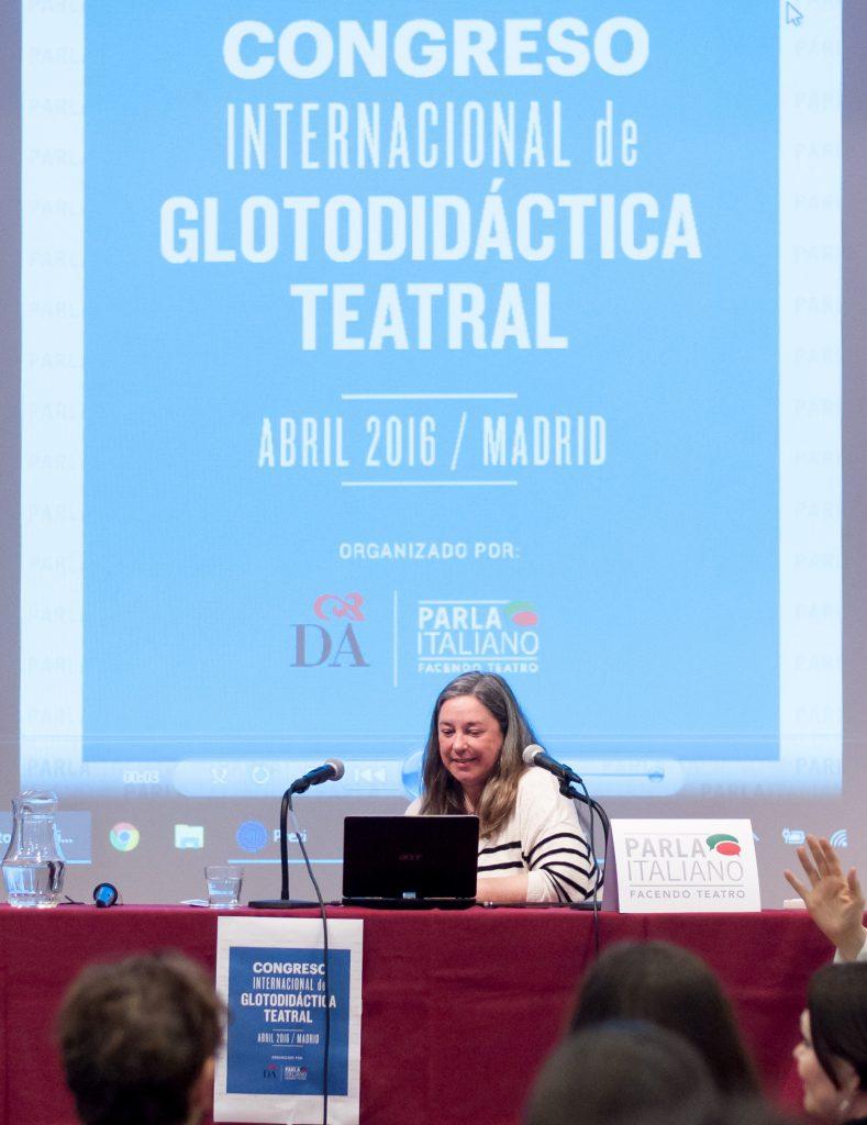 Profesora Ana María Gimeno Sanz_II Congreso Internacional de Glotodidáctica Teatral en España